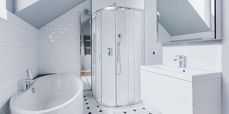 Fabrication et installation de cabine de douche en verre sur mesure à Montréal - Vitrerie Tiv-Tov (Portes et fenêtres à Montréal)